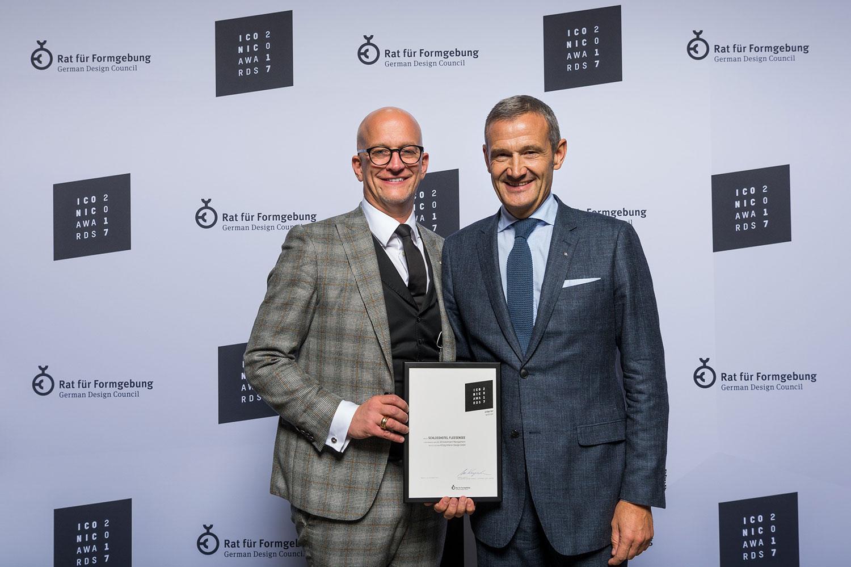 Awardverleihung iconic award for Olaf kitzig