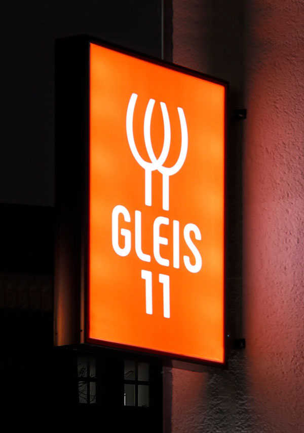 Gleis 11 Bar — Mercure Berlin Mitte, DE