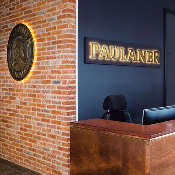 Oficina y conferencia